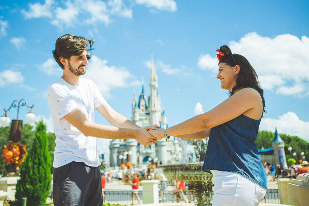 Capa do post Erika e Junior - Ensaio no Magic Kingdom